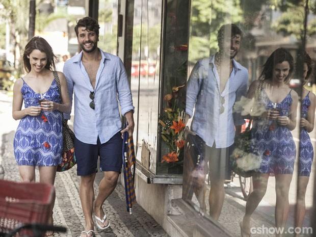 Bruno Gagliasso e Débora Falabella gravam cenas de Edu e Ray (Foto: Inácio Moraes/TV Globo)