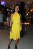 Look do dia: Andréa Beltrão aposta em tubinho amarelo e ressalta bronzeado