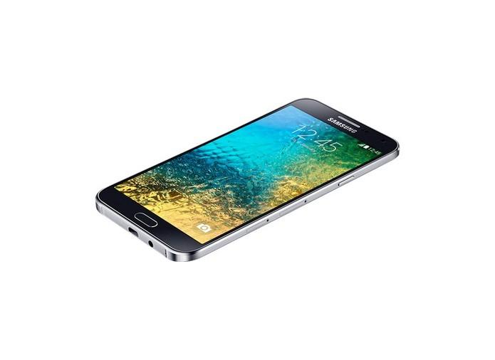 Galaxy E7 é um aparelho da Samsung com boas especificações e preço atrativo (Foto: Divulgação/Samsung)