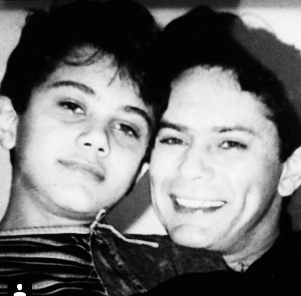 Thiago Costa ao lado do pai, o cantor sertanejo Leandro (Foto: Arquivo Pessoal)
