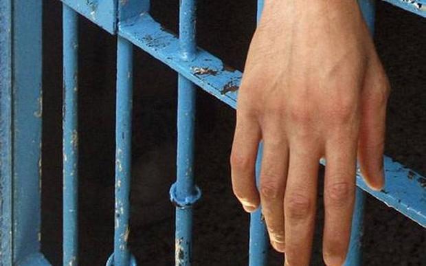 Afegão passou 7 anos preso por matar esposa, que na verdade está viva (Foto: Reuters)