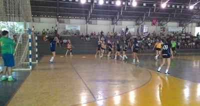 Final do handebol feminino no Jojums 2015 (Foto: Divulgação/Fundesporte)