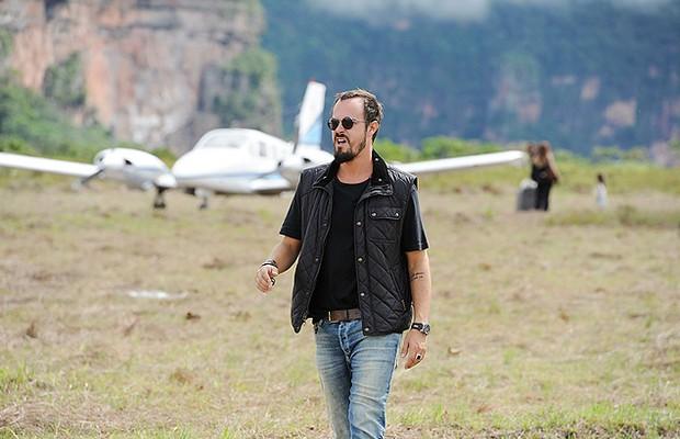 Paulo Vilhena em cena de A Teia (Foto: TV Globo)