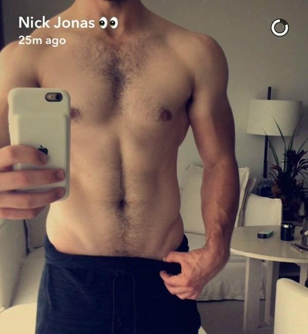 O cantor Nick Jonas (Foto: Snapchat)