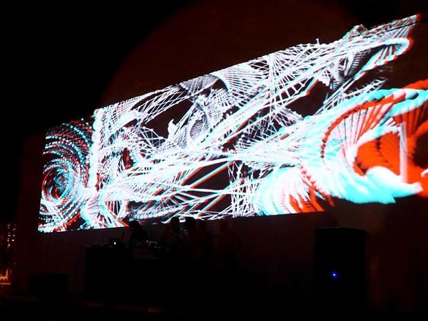 Projeção em 3D da obra Estereóptico, uma das atrações da segunda festa da mostra Zeitgeist, em cartaz no CCBB de Brasília (Foto: Laurie Bagno Di Aire/Divulgação)