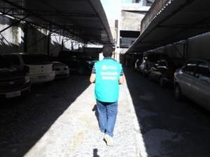 Procon Fortaleza autua estacionamento de shoppings por irregularidades (Foto: Procon/Divulgação)