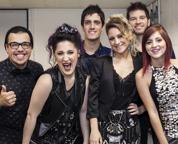 Melody abre o diário em entrevista exclusiva ao site do SuperStar (Foto: Dafne Bastos / TV Globo)