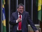 Ao falar pelo PT do B, Silvio Costa chama Cunha de 'cachorro morto'