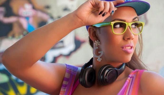 MC Glendha quer atingir diferentes públicos com suas músicas autorais  (Foto: José Domingos)