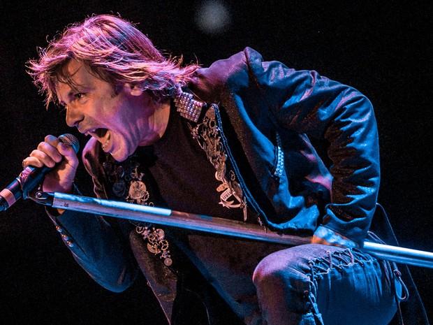 Bruce Dickinson durante show nesta sexta (20) no Anhembi (Foto: Raul Zito/G1)