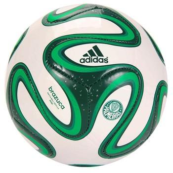 b12e59e73d49c Produtos licenciados da Copa do Mundo ainda não emplacaram - Época ...