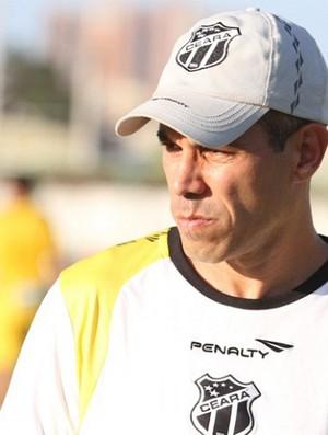 Ricardinho, técnico do Ceará (Foto: Divulgação / CearaSC.com)