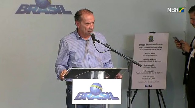Aloysio Nunes elogia políticas sociais do governo Temer