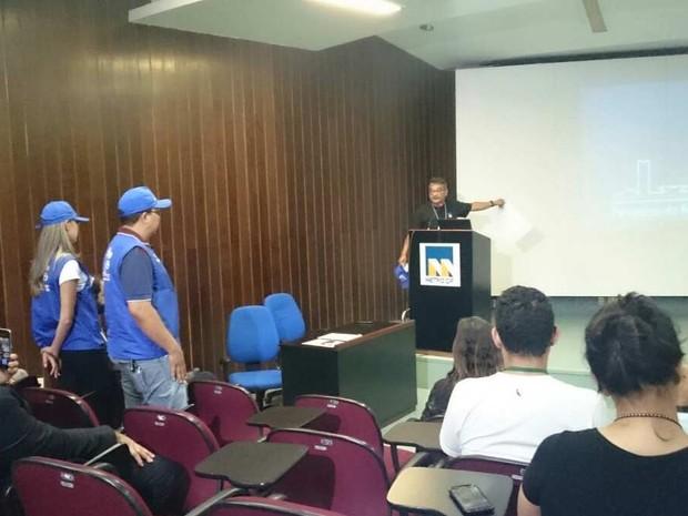Apresentação de pesquisa de mobilidade que será feita pelo Metrô do Distrito Federal (Foto: Mateus Rodrigues/G1)