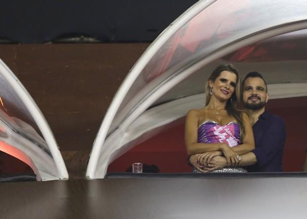 Flavia Fonseca e Luciano (Foto: Marcos Serra Lima / Ego)