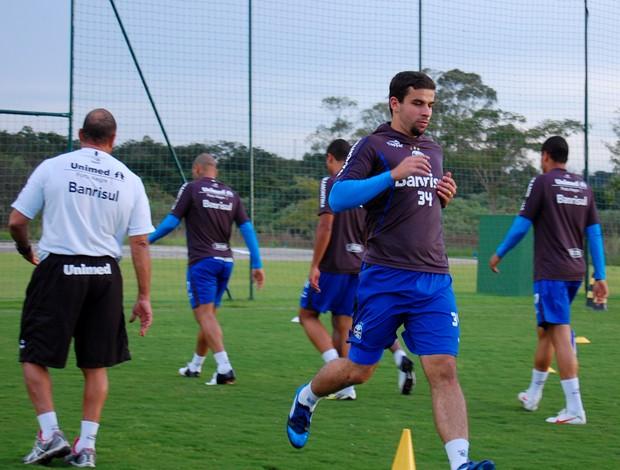 André Lima treinou fisicamente em Atibaia (Foto: Bruno Junqueira/Trato. TXT)