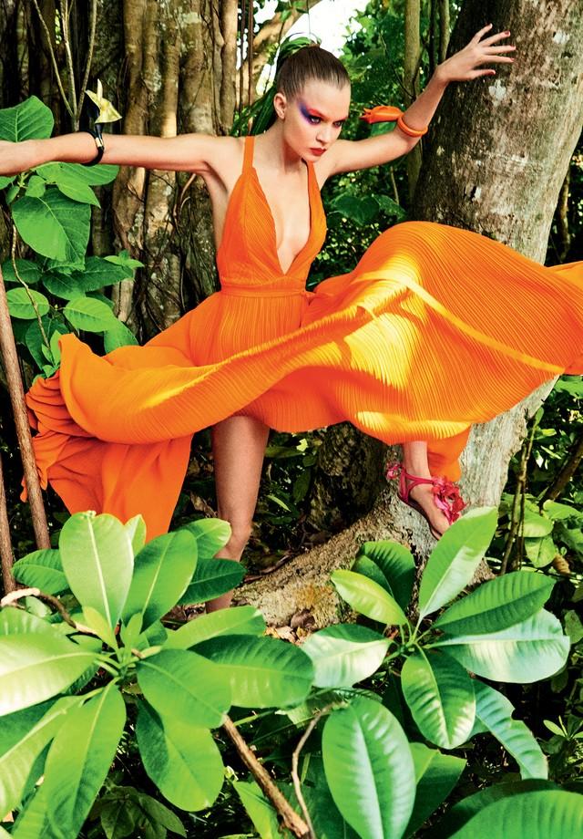 Josephine Skriver para a Vogue Brasil (Foto: Giampaolo Sgura)