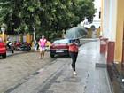'Levaram até a caneta', diz mãe de assaltada a caminho do Enem no AM