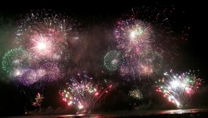 Foto de fogos de artifício feita com a câmera do Note 2 (Foto: Claudia Bozza/TechTudo)