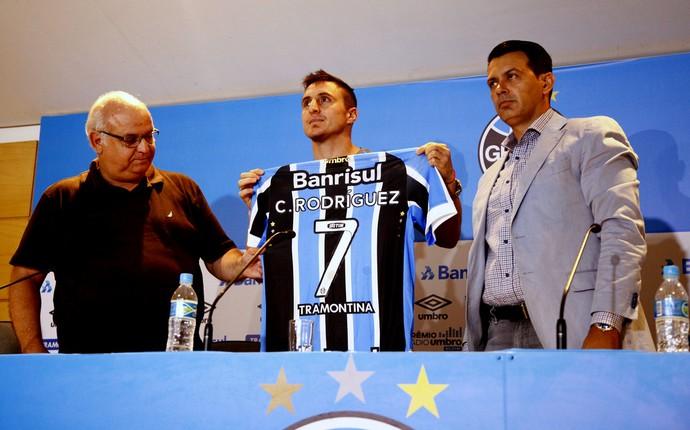 Apresentação Cristian Rodríguez Grêmio (Foto: Rodrigo Faturri/Grêmio)