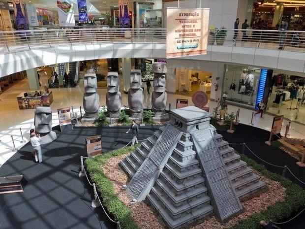 Exposição apresenta réplica da Pirâmide de Chichén Itzá (Foto: Divulgação)