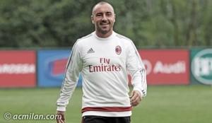 Cristian Brocchi é o novo técnico do Milan (Foto: site oficial Milan)