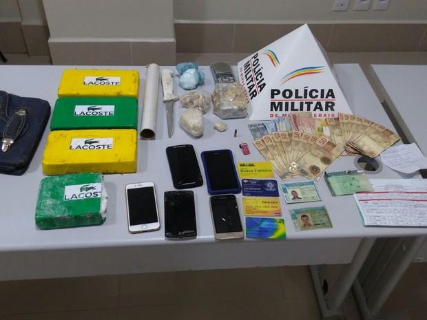 Polícia apreendeu drogas (Foto: Polícia Militar/ Divulgação)