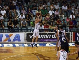 Uberlândia x Minas - NBB 5 (Foto: Divulgação LNB/ Raphael Oliveira)