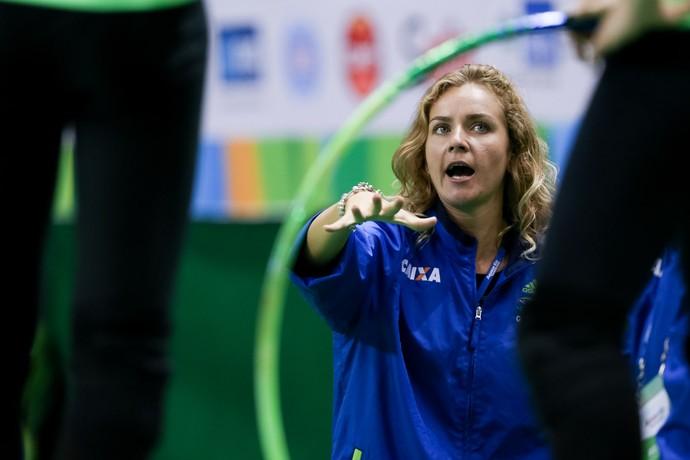 Ekaterina Pirozhkova ginástica rítmica evento-teste (Foto: Ricardo Bufolin/CBG)