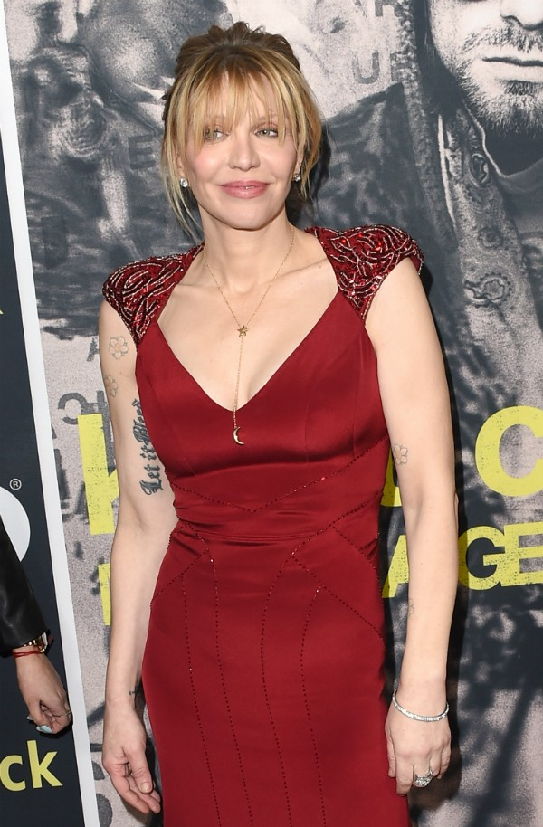 Os silicones de Courtney Love tiveram um destino trágico (Foto: Getty Images)