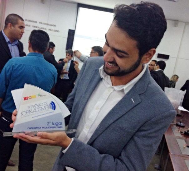 O repórte Eduardo Rodrigues, da Inter TV, venceu o prêmio do Ministerio Publico. (Foto: Humberto Martins)