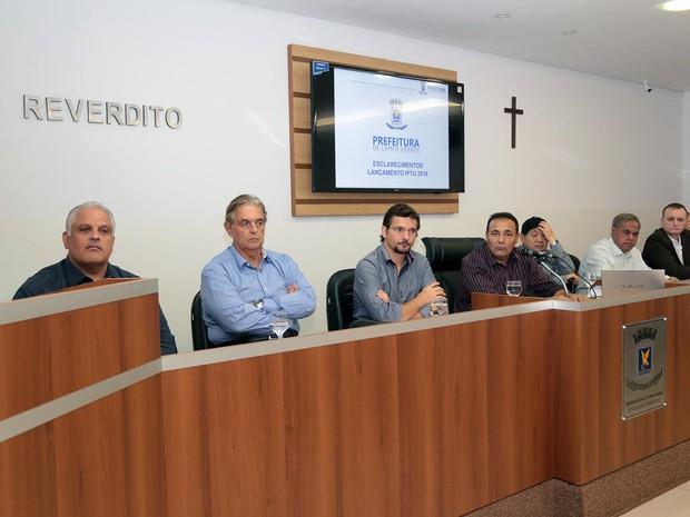 Em audiência, secretário diz que vai arrecadar 19,4% a menos com IPTU (Foto: Izaias Medeiros/Câmara Municipal de Campo Grande)