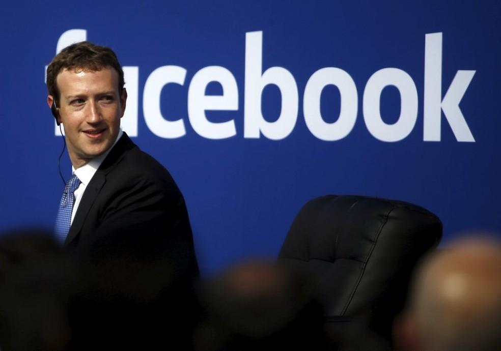 Mark Zuckerberg, CEO do Facebook, em conferência, no mesmo dia em que foi testemunha em processo por suposto roubo de tecnologia. (Foto: Stephen Lam/Reuters)