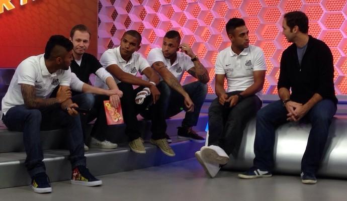 Gabriel, Tiago Leifert, David Braz, Vladimir, Werley e Caio Ribeiro no Globo Esporte-SP (Foto: Maria Clara Ciasca)