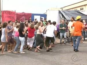 Reintgração de posse foi suspensa (Foto: Reprodução / TV TEM)