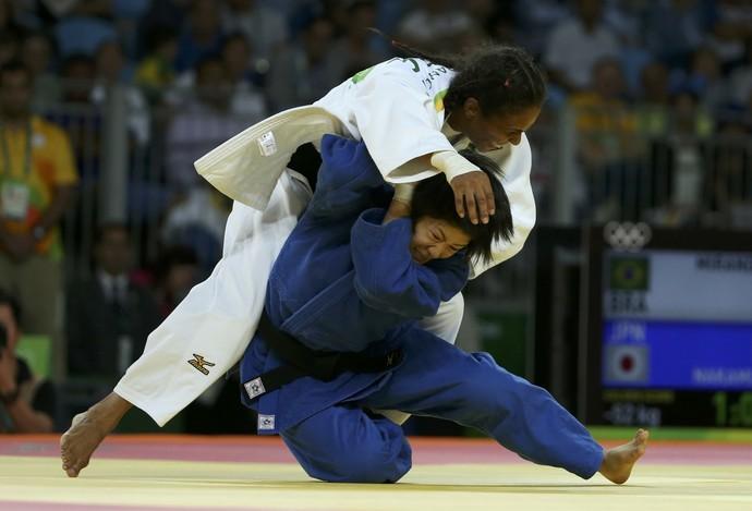 Erika Miranda e Misato Nakamura (Foto: REUTERS/Toru Hanai)