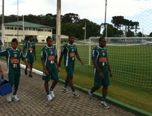 Garotos promovidos da base do Coritiba: Luccas Claro, Rafael Silva, Guaraci e Lelê  (Foto: Gabriel Hamilko / GloboEsporte.com)