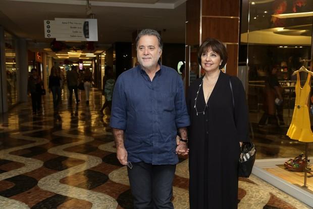 Tony Ramos e a mulher (Foto: Marcello Sá Barreto / AgNews)