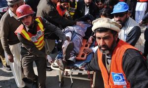 Comandante do Talibã do Paquistão promete mais ataques a escolas