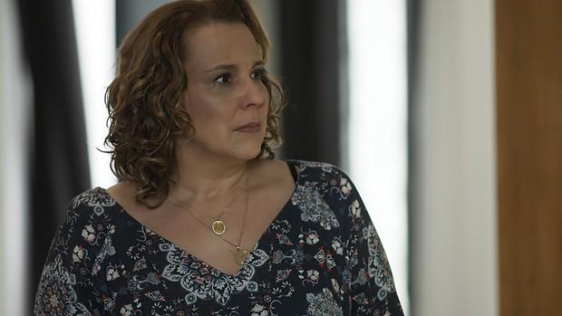 Rock Story: Néia confessa armações e entrega Lázaro (Gshow)