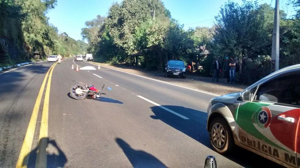 Acidente em Cordilheira Alta, SC ocorreu na tarde de sábado  (Foto: PMRV)