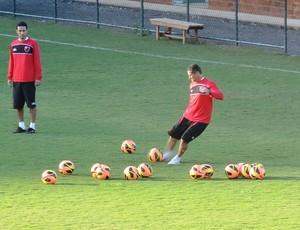 Jorginho treino Flamengo Pinheiral (Foto: Cahê Mota)
