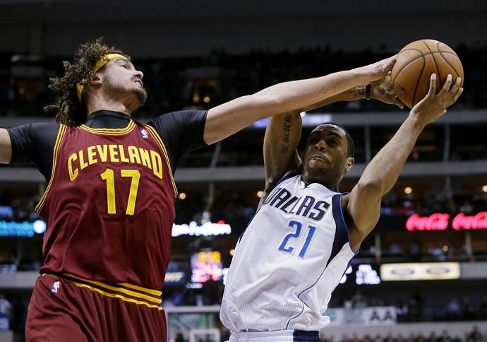 Anderson Varejão Cleveland Cavaliers NBA (Foto: Agência AP)