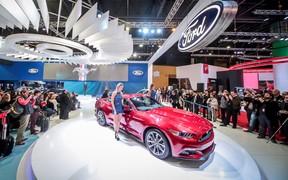 Camaro supera Mustang em vendas pela 1ª vez em 2 anos