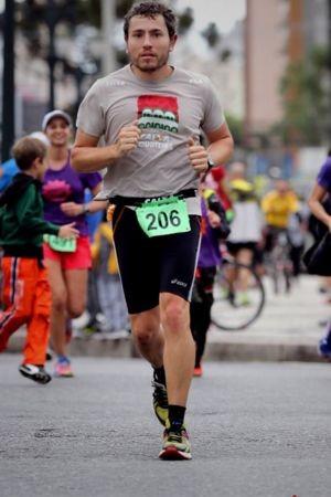 Foto (Foto: Angelo Binder na Maratona de Curitiba)