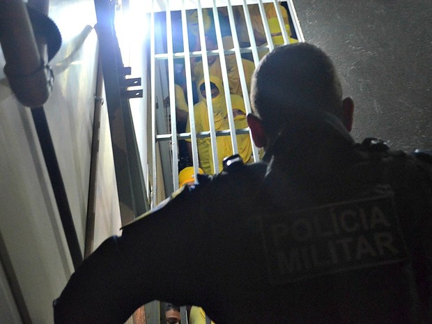 Rebelião no presídio de Vilhena, RO (Foto: Renato Barros/TV Vilhena)