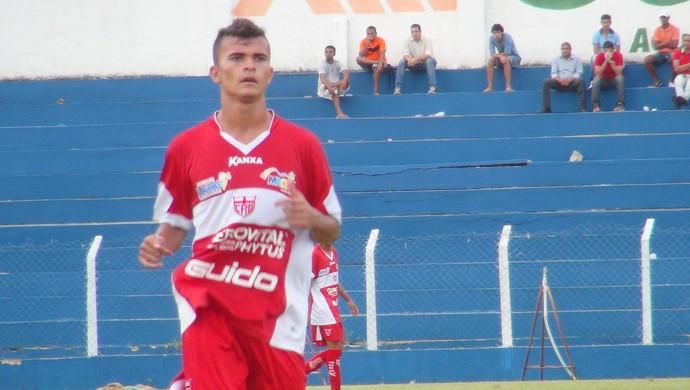 Lucas Fernandes, jogador do CRB (Foto: Paulo Victor Malta/Globoesporte.com)