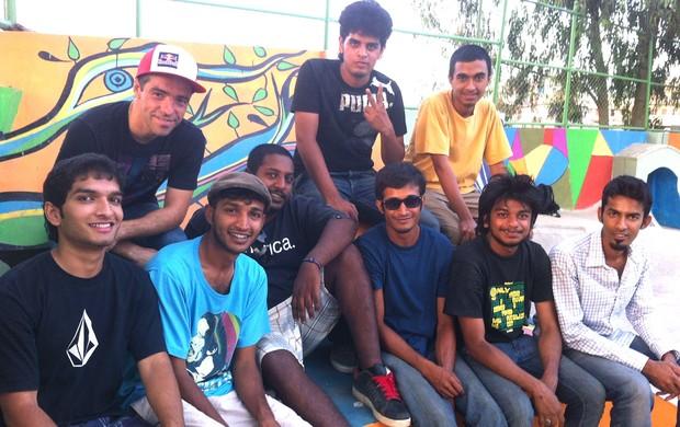 Sandro Dias visita o único parque de skate da Índia (Foto: André Fanico)