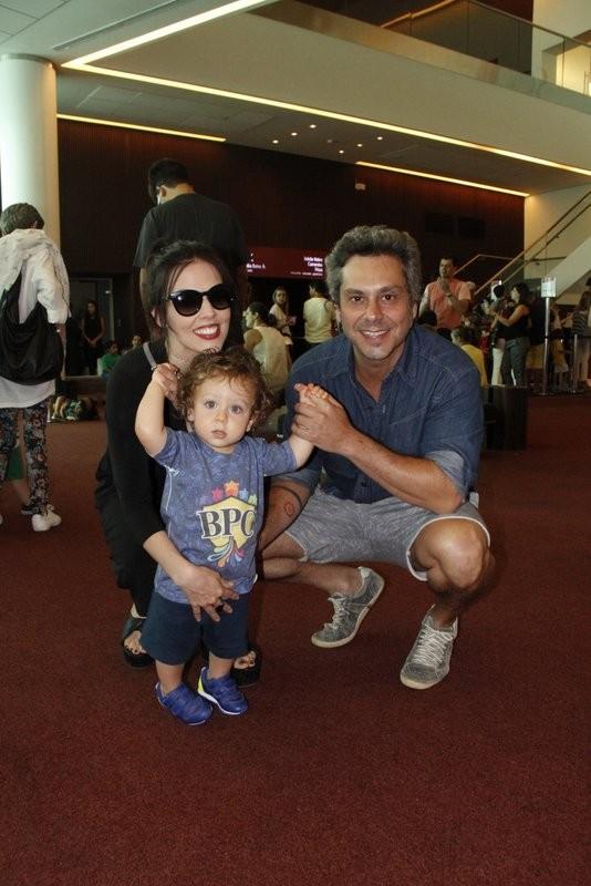 Alexandre Nero e família (Foto: Thiago Mattos/agnews)
