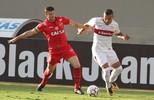 Vila Nova bate o Inter em  Goiânia, volta ao G-4 e amplia tensão no rival (Agência Estado)